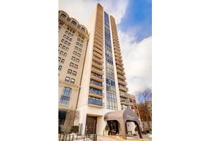 2314 N Lincoln Park W Apt 19S, Chicago, IL 60614
