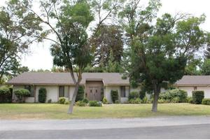 1359 W Moraga Rd, Fresno, CA 93711