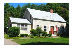 18 Lee Hill Rd, Lee, NH 03861
