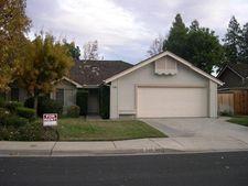 743 N Karen Ave, Clovis, CA 93611
