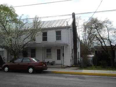 411 N Baltimore Ave, Mount Holly Springs, PA