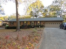 424 Elmwood Dr, Spartanburg, SC 29303