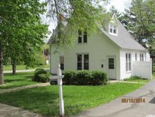 40 N Head St, Carthage, IL 62321
