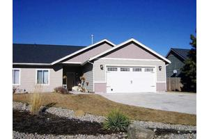 845 Lake Ridge Dr, Klamath Falls, OR 97601