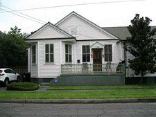 1128 Fern St, New Orleans, LA 70118