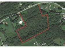 Glade City Rd, Summit Township Som, PA 15552