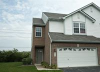 9215 Great Lakes Cir, Washington Township, OH 45458