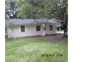 510 Rasberry St, Canton, MS 39046