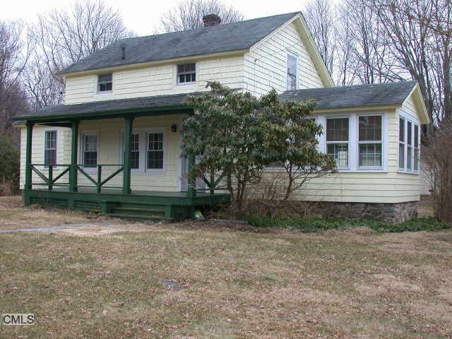 11 E Starrs Plain Rd, Danbury, CT 06810