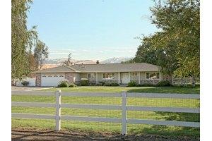12822 Columbet Ave, San Martin, CA 95046