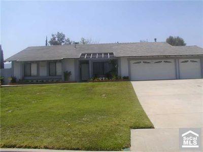 31883 Saint Pierre Ln, Lake Elsinore, CA