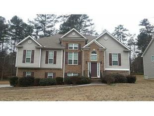 6556 Martins Creek Dr, Austell, GA