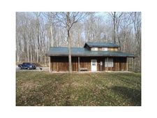8619 S Hillside Ave, Knightstown, IN 46148