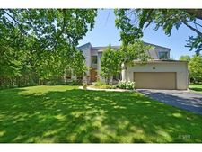 156 Barberry Rd, Highland Park, IL 60035