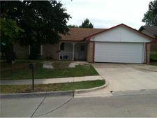 6520 North Park Dr, Watauga, TX 76148
