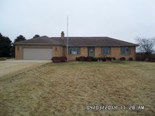 47W796 Beith Rd, Maple Park, IL 60151