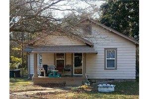 610 Franklin Blvd, Greensboro, NC 27401