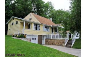 61 Church St, Philipsburg, PA 16866
