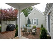 5 Mitchell Grant Way, Bedford, MA 01730