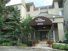 26101 Village Ln Apt 203, Beachwood, OH 44122