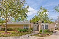 1038 Villa Court Dr, Seabrook, TX 77586