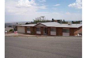 3032 Park North Dr, El Paso, TX 79904
