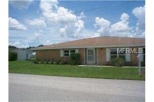 1611 Paradise Ln, Astor, FL 32102