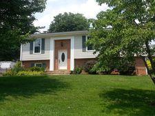 3585 Janney Ln, Roanoke, VA 24018