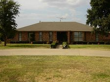 3000 Sleepy Hollow Rd, Ennis, TX 75119