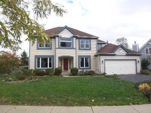 233 Coyote Trl, Cary, IL 60013