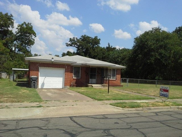916 Dearborn St Waco Tx 76704 Home For Sale And Real