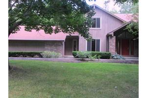 5 Rambling Woods, Pittsford, NY 14534