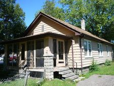 1000 Myrtle Ave, Waterford Twp, MI 48328