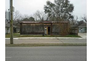 4811 Griggs Rd, Houston, TX 77021
