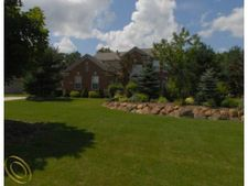 7492 Wisteria Way, Green Oak Twp, MI 48116
