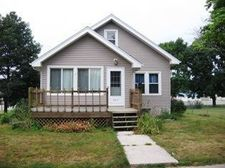 822 4Th Ave, Ackley, IA 50601