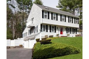 10 Cross Creek Ln, Duxbury, MA 02332