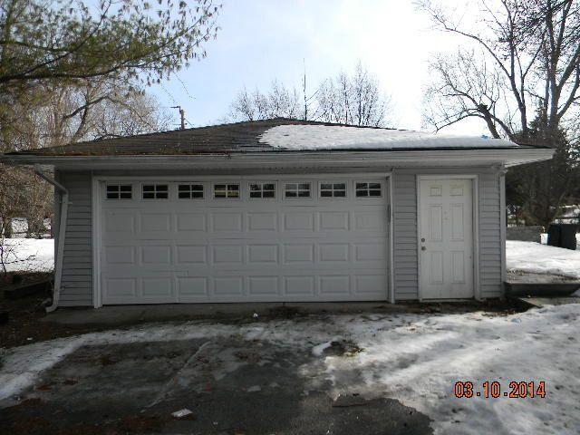 330 Wisconsin Rd, Frankfort, IL 60423