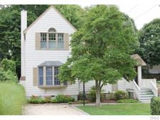 12 Lockwood Dr, Greenwich, CT 06870