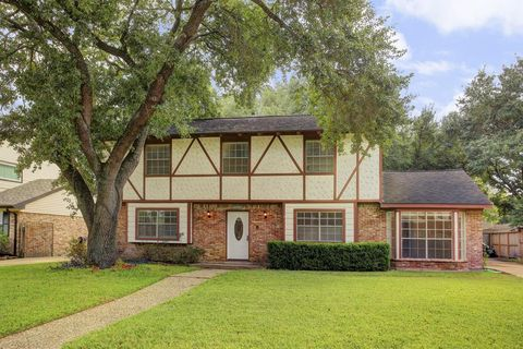 14235 Chevy Chase Dr, Houston, TX 77077