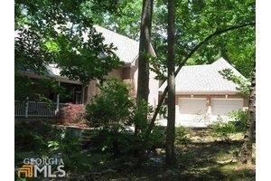 9030 Bayhill Dr, Gainesville, GA 30506
