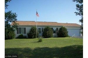613 Lindy Dr, Park Rapids, MN 56470