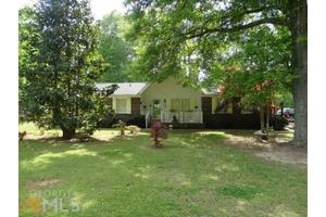 1413 Flat Rock Rd, Stockbridge, GA 30281