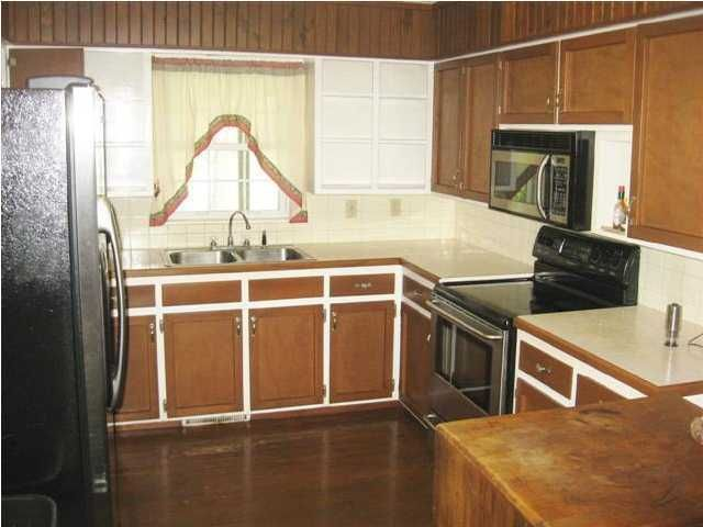 colwich singles Large single bedroom apartment are 496 square feet  300 e chicago, colwich, ks 67030 for tours call: cassie or jane house phone: (316) 260-1034.