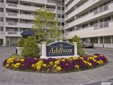 100 Harbor View Dr Apt 103, Port Washington, NY 11050