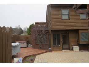 116 Patio Dr, Endwell, NY 13760