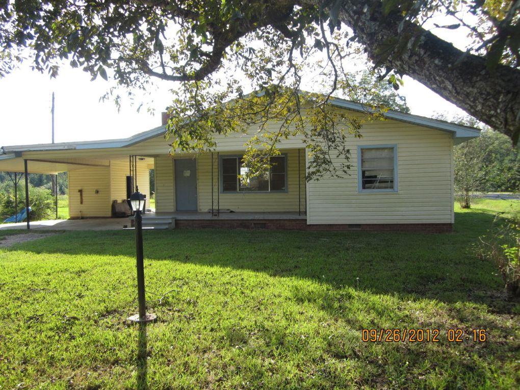 186 Watts Rd, Seminary, MS 39479