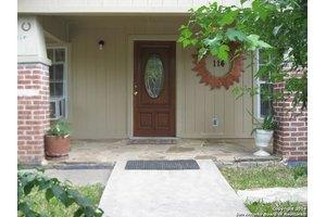 114 Noria St, San Antonio, TX 78207
