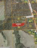 3984 Windwood Dr, Riverside, IA 52235