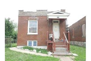 5204 Saint Louis Ave, St Louis, MO 63115